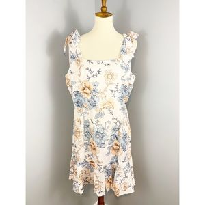 Dresses & Skirts - NWT Floral Tie Shoulder Dress